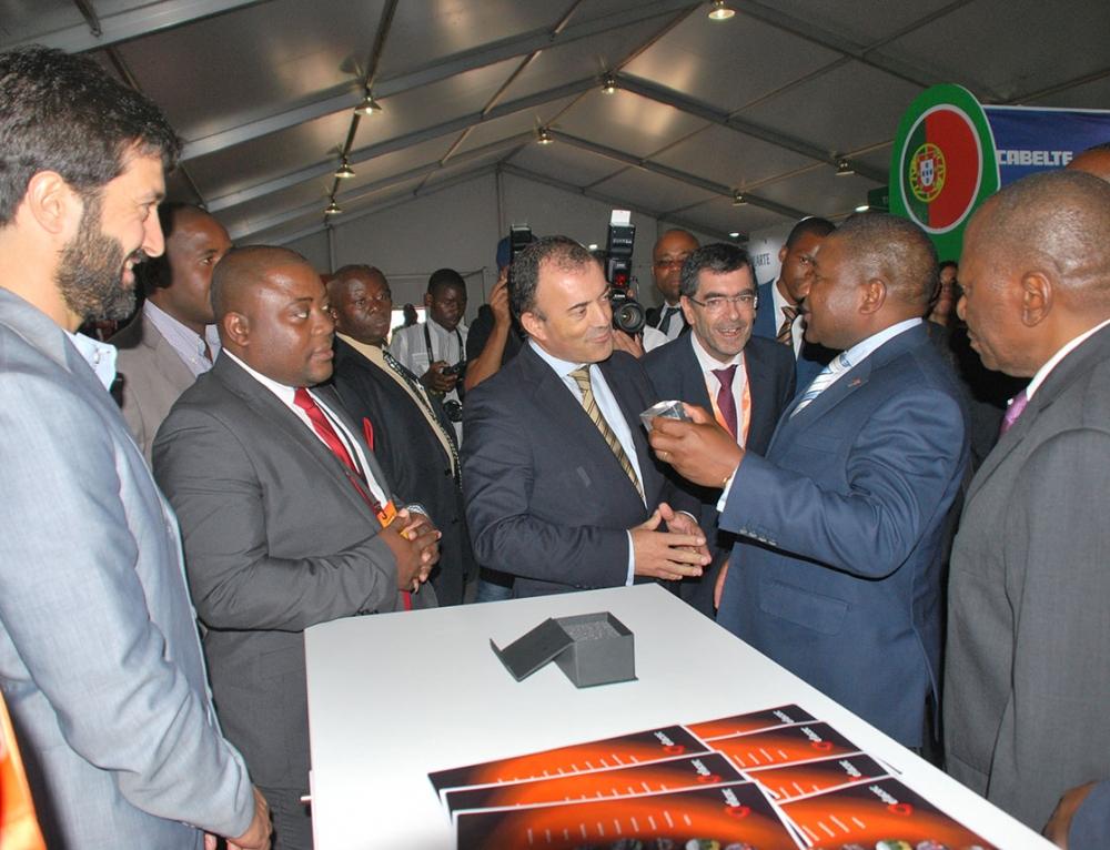 FACIM 2016 Visite du Président Nyusi